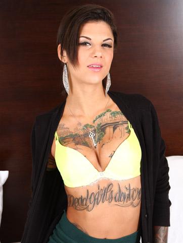 Big tit porn star Bonnie Rotten on 1800dialadick.com
